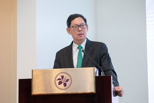 Mr Norman Chan, Chief Executive of the HKMA, delivers opening remarks at the HKMA Green Finance Forum.